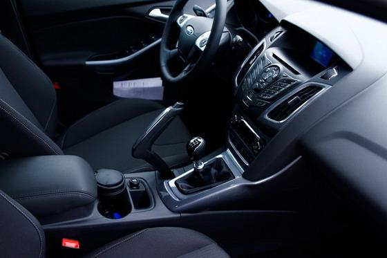 2011 Ford Focus Kokpit
